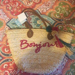 Handbags - NWT handwoven Bonjour bag